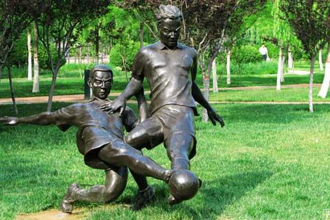Antique design Bronze Sporting Sculpture for Garden Decor