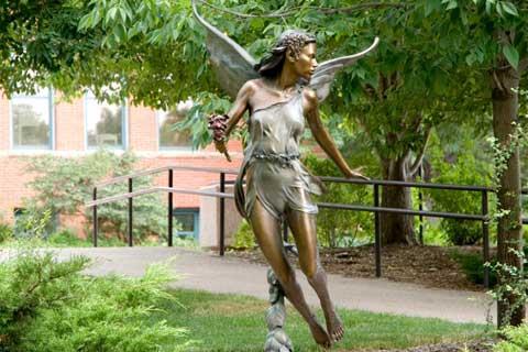 Beautiful design Bronze Angel Sculpture for Garden & Yard Decor